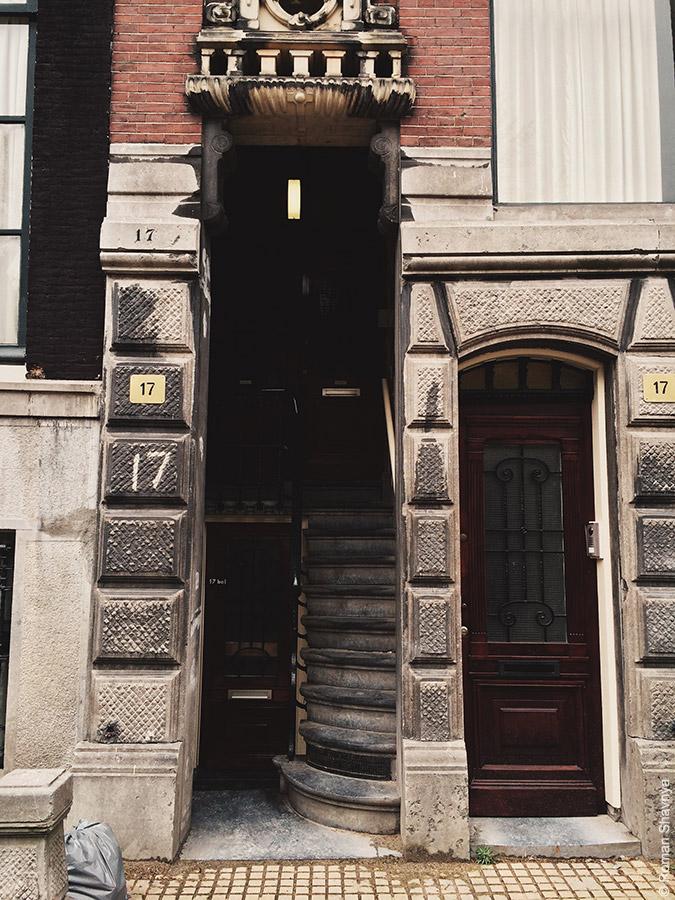 Двери Амстердама