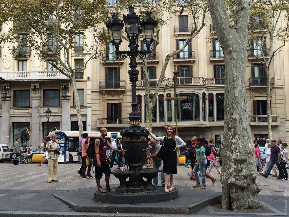 Фонарный столб в Барселоне