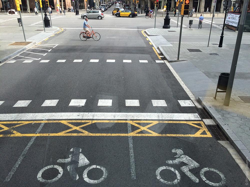 Приоритет для мотоциклистов в Барселоне