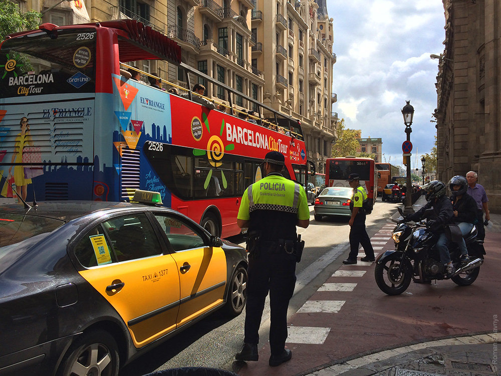 Полицейские в Барселоне