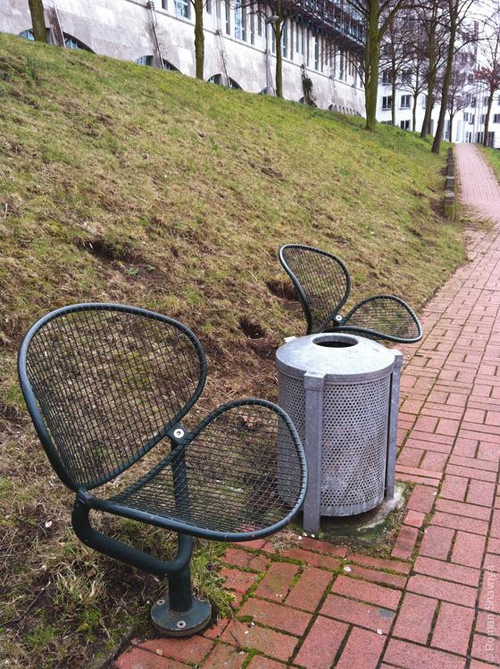 Ракушкообразные сиденья в Дюссельдорфе