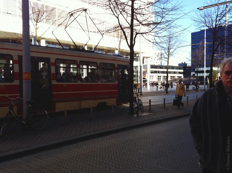 Трамваи в Гааге