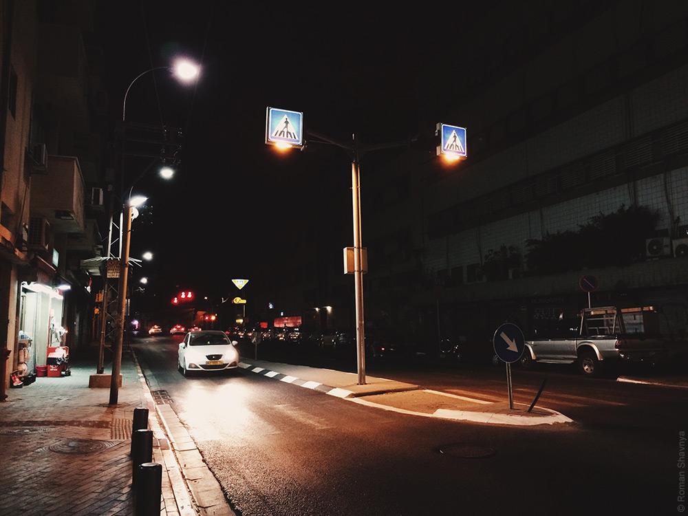 Подсветка пешеходного перехода в Иерусалиме
