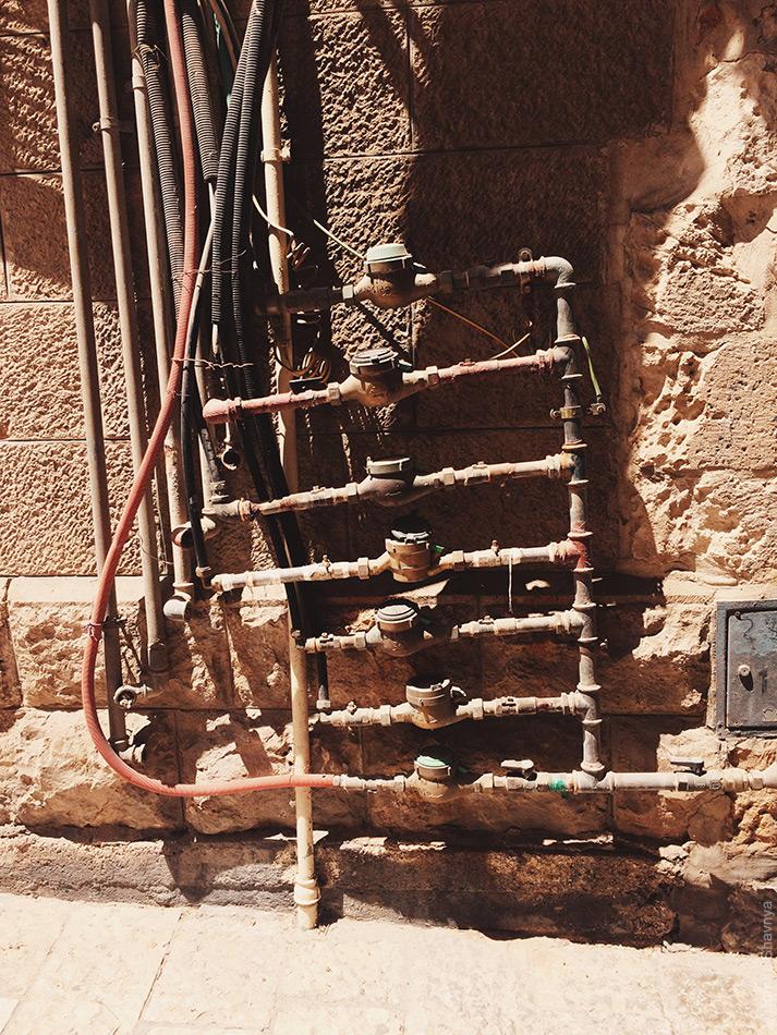 Проводка коммуникаций в Иерусалиме