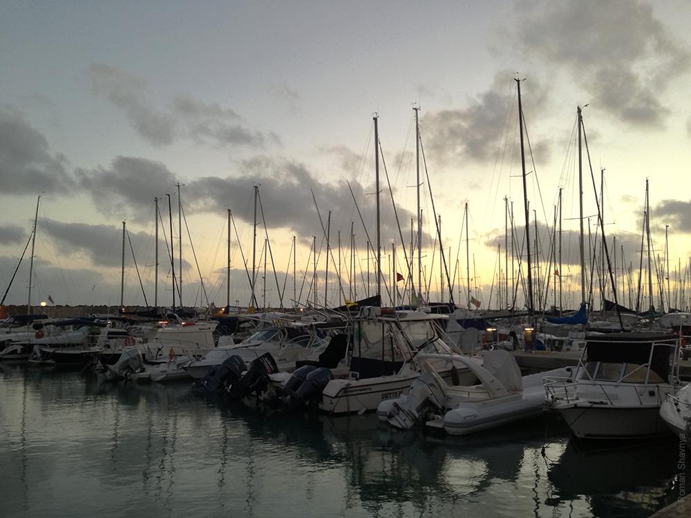 Яхт-клуб в Лидо-ди-Остия