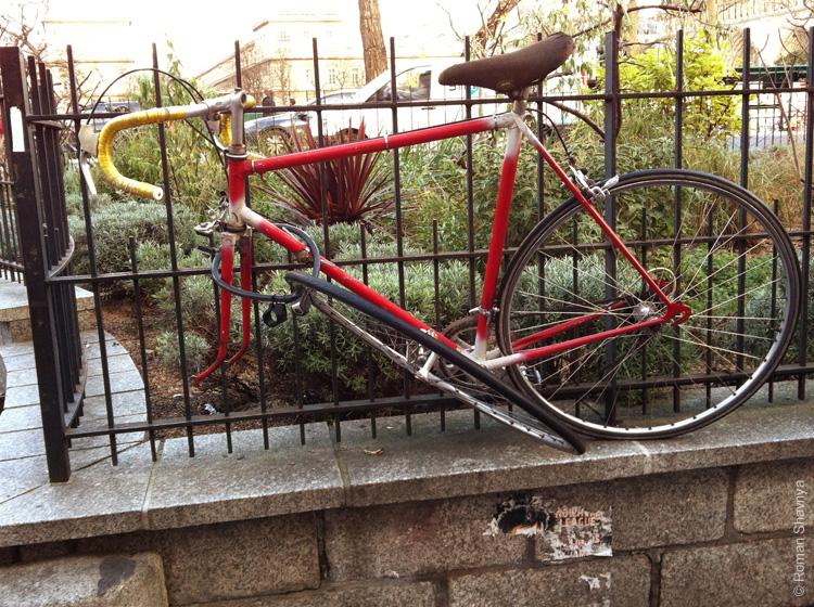 Защита от угона велосипеда в Париже