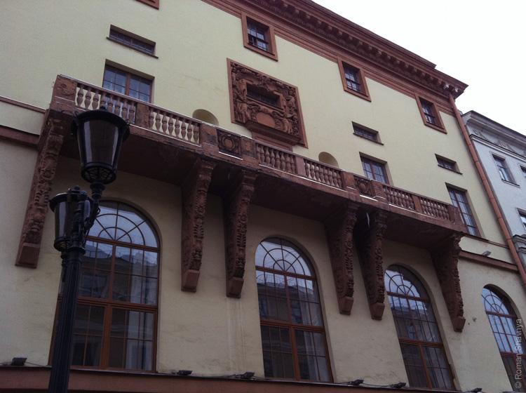 Крутой балкон в Санкт-Петербурге