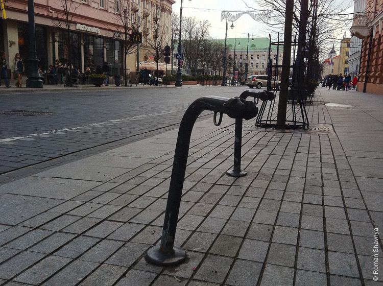 Велопарковка в Вильнюсе