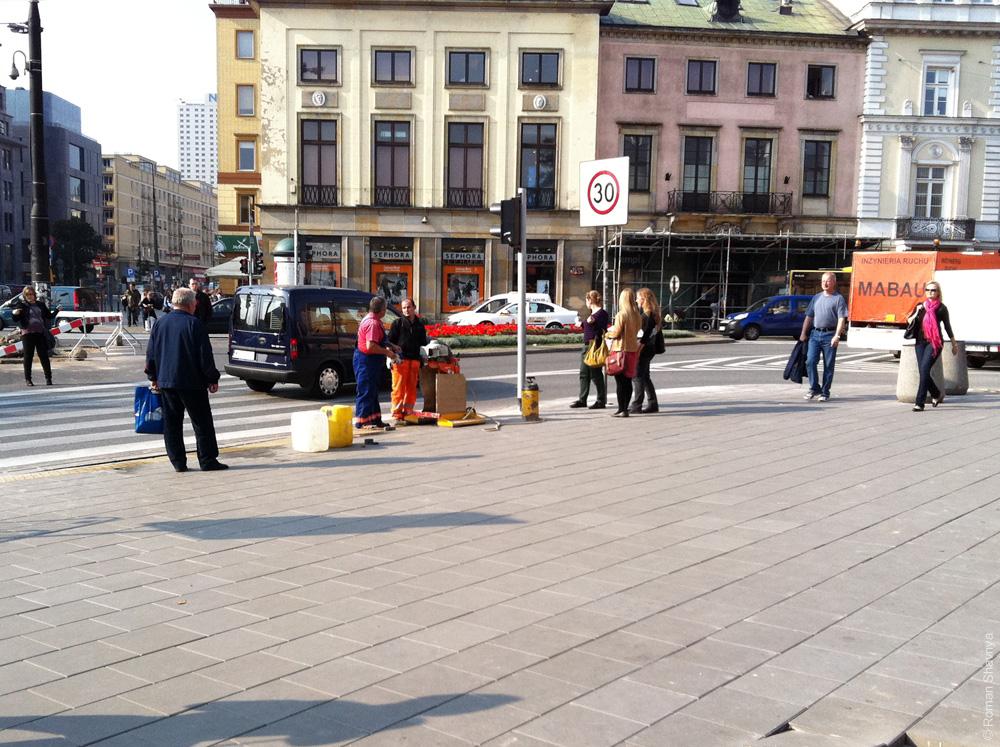Пупырышки на плитке в Варшаве